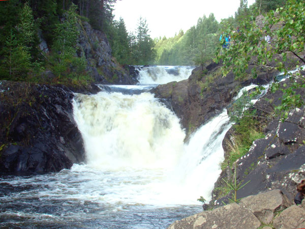 Kivach waterfalls