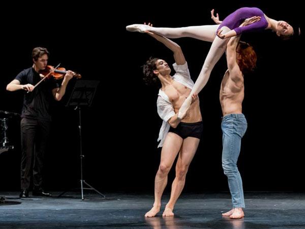 National Youth Ballet of John Neumeier