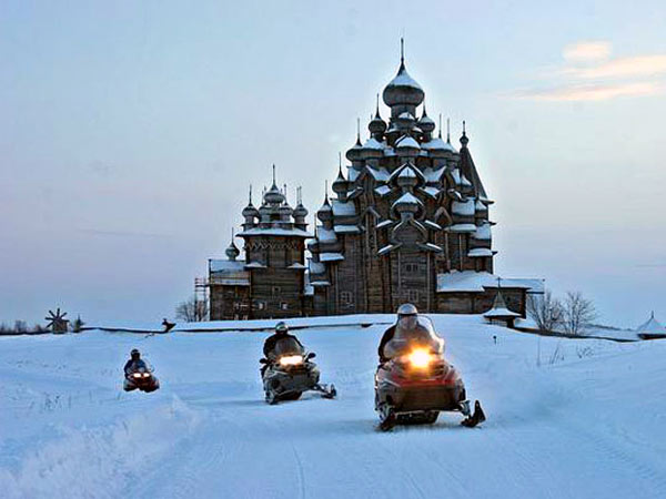 Snowmobile Tour in Kizhi